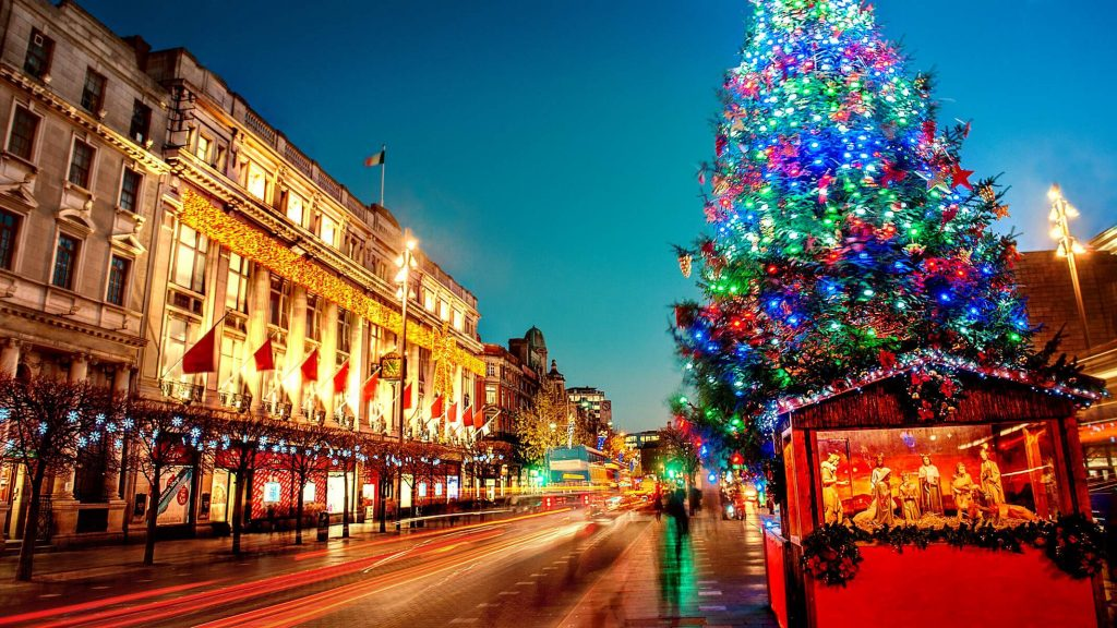 O'Connell Street, Dublin, Ireland with festive lights and decorations.